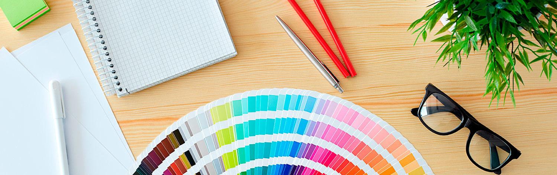 Design af tryksager og hjemmesider tilpasset virksomhedens øvrige design.
